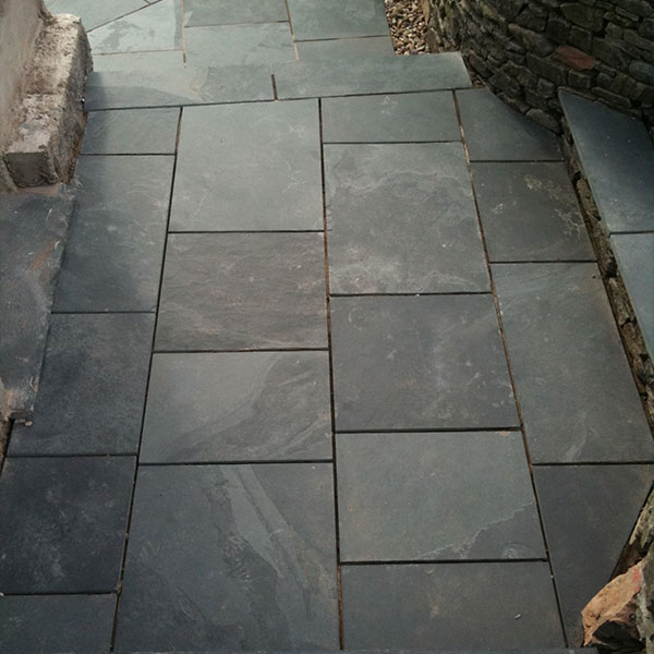 Example of Black Slate Paving