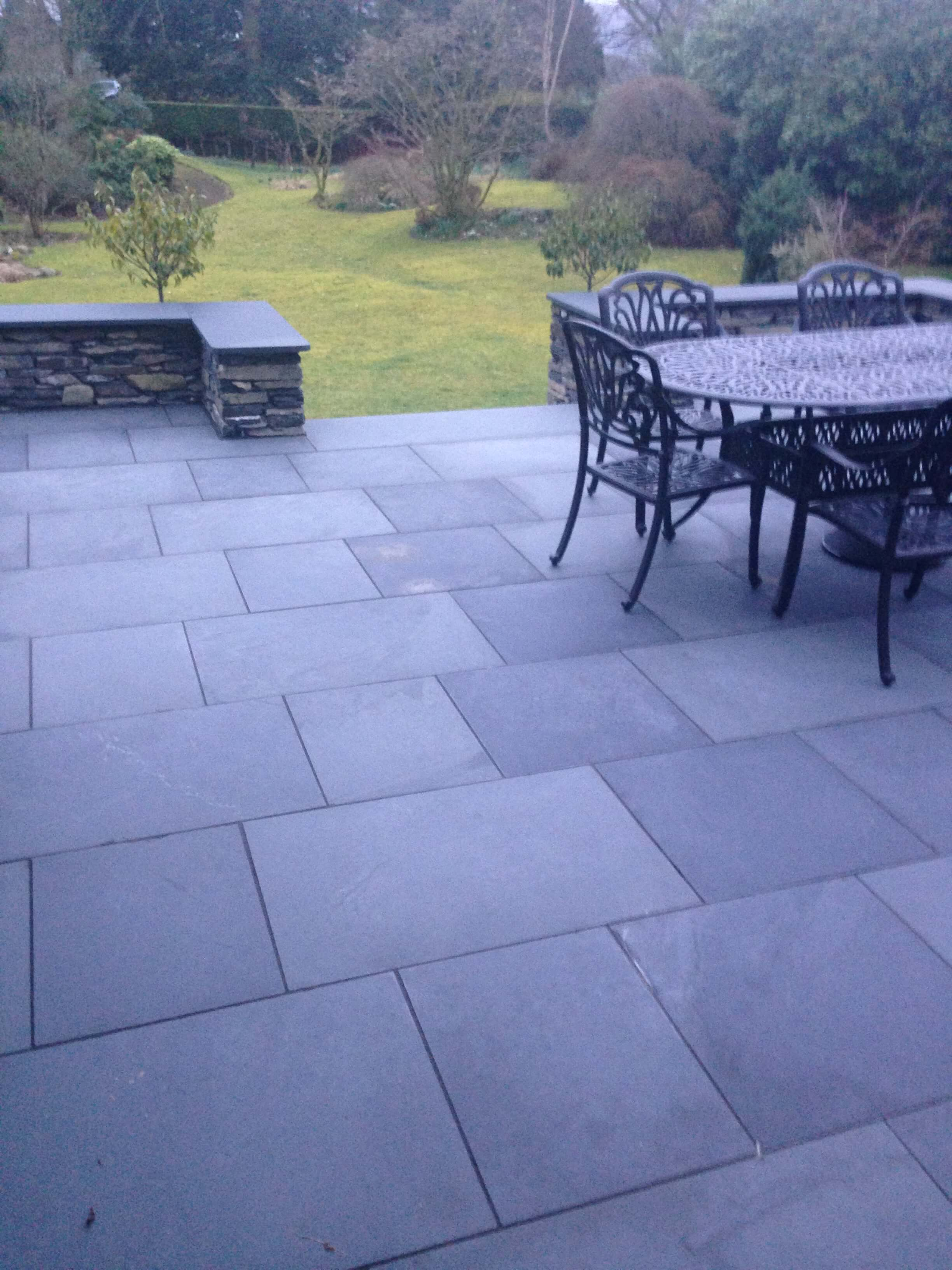 Slate Patio Slabs >> Lonsdale Black Slate Paving