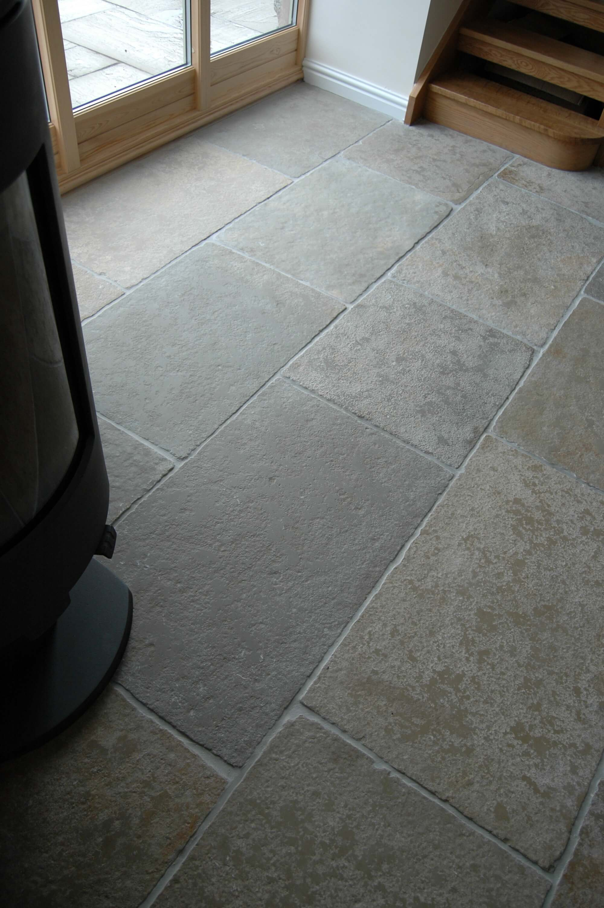 Priory tumbled limestone hand distressed priory tumbled limestone doublecrazyfo Gallery